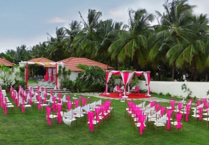 What sort of arrangements are made during Destination Weddin