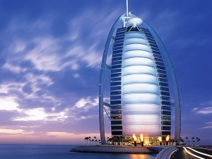 Plan an Exciting Tour to Dubai with Path Holidays
