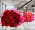 OyeGifts - Affordable Flowers Bouquet Delivery in Kolkata